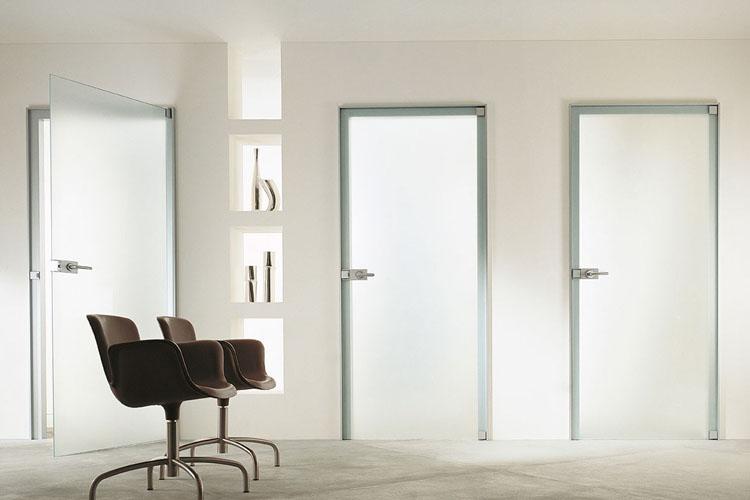 Стеклянные двери для квартиры фото