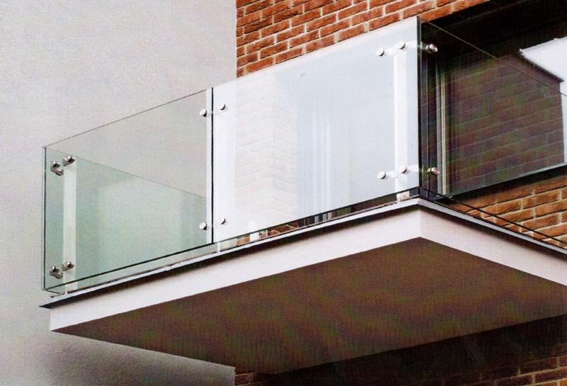 Перила на балкон: виды балконных ограждений - статьи компани.